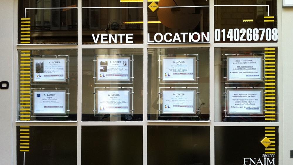 porte-affiche-led-agence immobilier-paris3